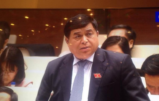Bộ trưởng Bộ KH-ĐT Nguyễn Chí Dũng cho rằng đầu tư công trung hạn sẽ rất khó khăn do nguồn lực hạn hẹp - Ảnh chụp màn hình