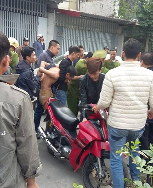 Sau hơn 5 giờ cố thủ, Khôi đã bị bắt giữ