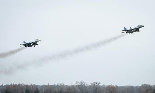 Không quân Ukraine tập trận Ảnh: EPA