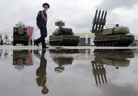 Hệ thống tên lửa Buk-1M. Ảnh: Reuters