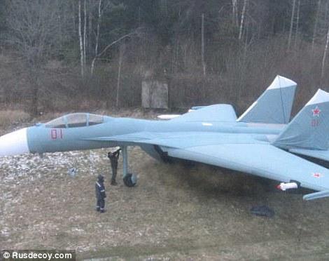 Mô hình Su-27