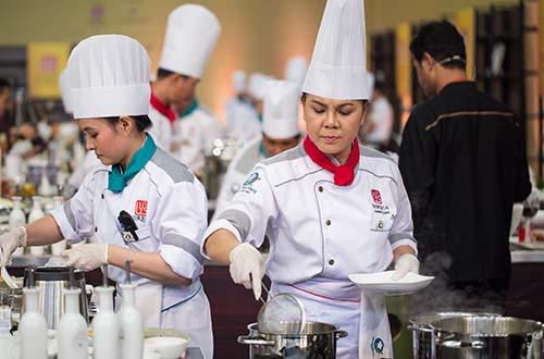 """Ba mẹ con Quán Nhi đoạt giải nhì : """" Món ăn dân dã truyền thống đặc sắc"""""""