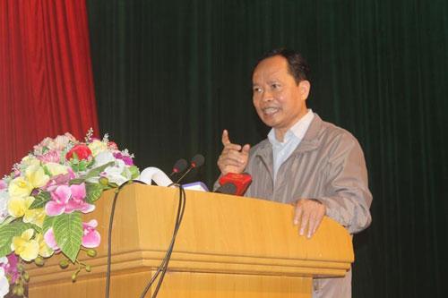 Ông Trịnh Văn Chiến, Bí thư Tỉnh ủy Thanh Hóa, trong một lần làm việc với người dân thị xã Sầm Sơn, Thanh Hóa Ảnh: THANH TUẤN