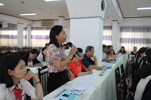 Đại biểu phát biểu ý kiến tại hội thảo