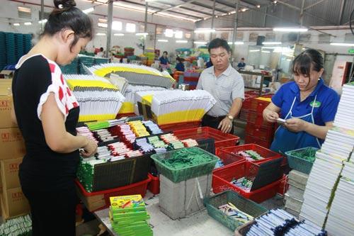 Giám sát điều chỉnh lương tối thiểu vùng là ưu tiên hàng đầu của các cấp Công đoàn TP HCM