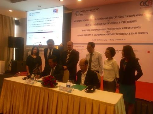 Trung tâm Thông tin tín dụng quốc gia Việt Nam và Công ty CP Hỗ trợ Dịch vụ Thanh toán Việt Phú ký kết thỏa thuận hợp tác