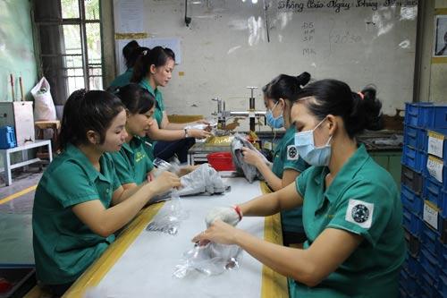 Công nhân Công ty Hong Ik Vina (KCX Tân Thuận, TP HCM) được công ty quan tâm chăm lo Tết