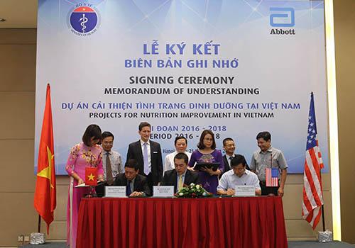 Lễ ký kết bản ghi nhớ hợp tác giữa Bộ Y tế và Abbott