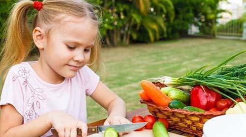 Nhóm tác giả nghiên cứu cho rằng chế độ ăn thực vật tốt cho mọi lứa tuổi Ảnh: MNN