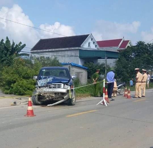 Hiện trường vụ tai nạn giữa xe ô tô do Chủ tịch xã Thọ Hợp điều khiển với 2 xe máy khiến 3 người thương vong