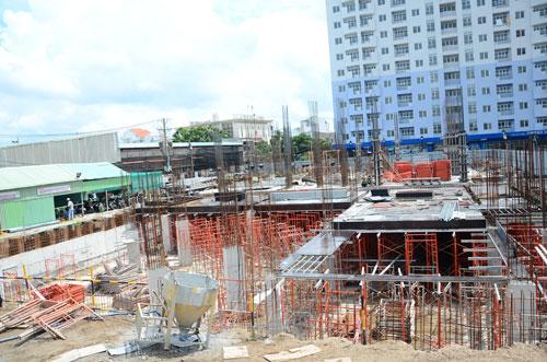 Dự án Summer Square (quận 6, TP HCM) đã hoàn chỉnh phần móng, đang thi công tầng 1