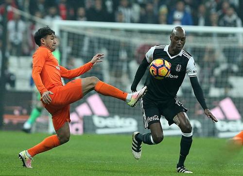 Basaksehir đối đầu cùng Besiktas