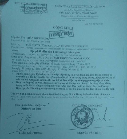 Tờ công lệnh giả ghi tuyệt mật mà Hưng trưng ra khi bị bắt lỗi vi phạm giao thông