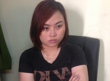 Nguyễn Trần Quỳnh Nhi tại cơ quan công an