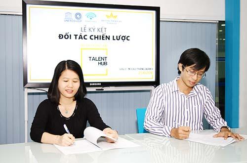 BAT Việt Nam và Trung tâm UNESCO Văn hóa Giáo dục và Đào tạo cùng khởi động chương trình Tuyển chọn Tài năng Talent Hub 2016 Ảnh: Quốc Vũ