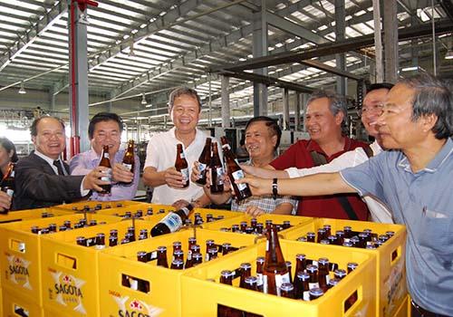 Mẻ bia chai mang thương hiệu Sagota đầu tiên xuất xưởng tại Nhà máy Bia Sài Gòn - Ninh Thuận