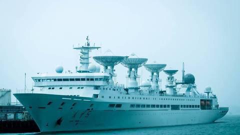 Tàu Viễn Vọng 5 neo ở Auckland cuối tuần rồi Ảnh: The New Zealand Herald