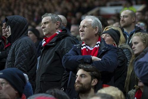 Cổ động viên Man United âu lo với kết quả bết bát của đội