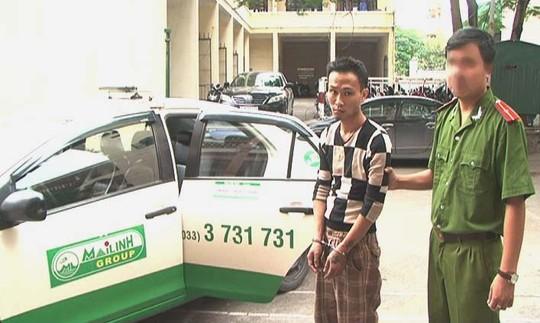 Một đối tượng chém tài xế, cướp taxi Mai Linh ở Quảng Ninh bị cơ quan công án bắt giữ - Ảnh: TL