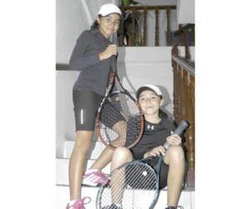 Hai chị em Fernanda là hiện tượng của quần vợt Mexico