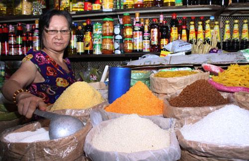 Các chuyên gia dự báo giá đường thế giới tăng sẽ tác động đáng kể đến thị trường đường nội và các doanh nghiệp sản xuất thực phẩm Ảnh: Hoàng Triều
