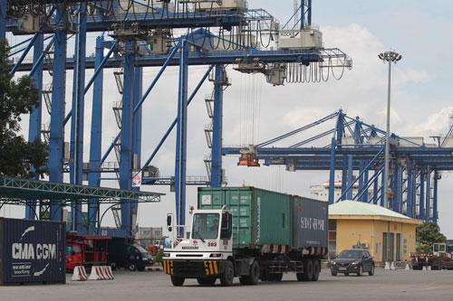 Hàng hóa vận chuyển từ Việt Nam sang EAEU hiện không thuận lợi do khoảng cách quá xa Ảnh: Hoàng Triều