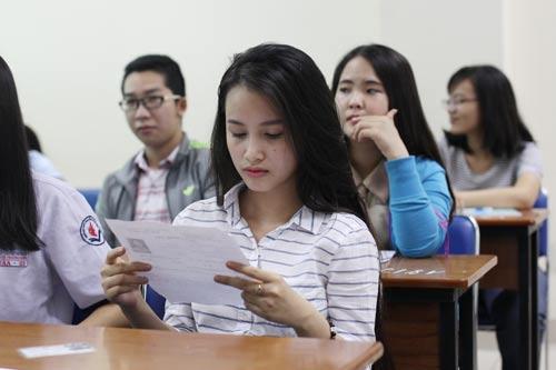 Kỳ thi đánh giá năng lực vào ĐHQG TP HCM để kiểm tra thí sinh có đủ thực lực để học ĐH hay không Ảnh: Hoàng Triều