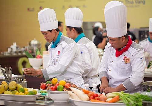 Các đầu bếp tham gia vòng bán kết khu vực phía Bắc cuộc thi Chiếc thìa vàng 2016