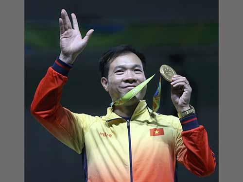 Xạ thủ Hoàng Xuân Vinh chắc chắn giành ngôi đầu với thành tích 1 HCV, 1 HCB Olympic 2016Ảnh: REUTERS
