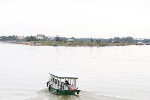 Cồn Hến, nơi triển khai dự án Gami Hội An, đang được chủ đầu tư xây kè xung quanh