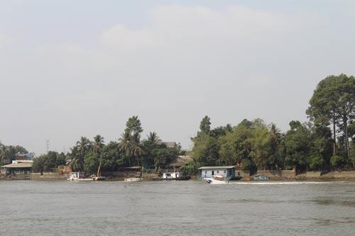 Một góc ven sông Đồng Nai thuộc TP Biên Hòa, nơi thực hiện các dự án