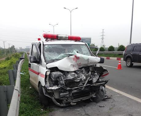 Vụ tai nạn xảy ra lúc rạng sáng trên đường cao tốc TP HCM - Long Thành -Dầu Giây