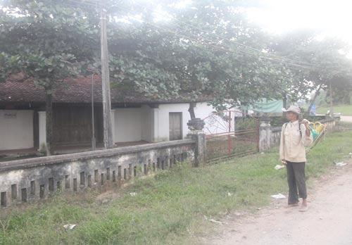 Đình Hoành Sơn đang bị xuống cấp nghiêm trọng