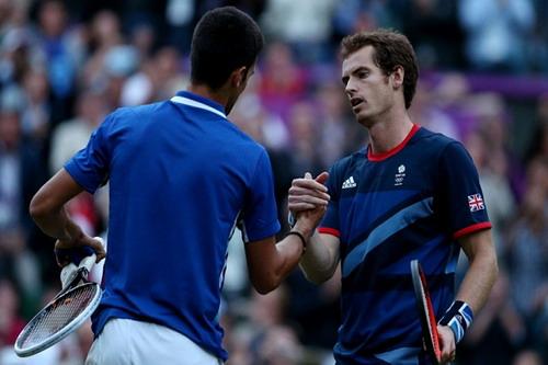 Liệu sẽ sớm có cái bắt tay chuyển giao lịch sử giữa Djokovic và Murray?