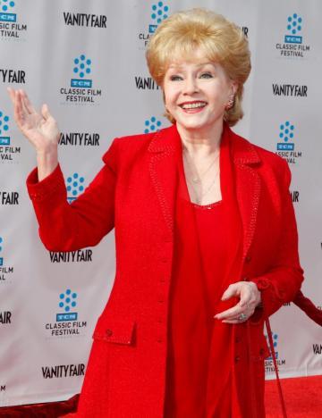 Nghệ sĩ Debbie Reynolds qua đời, 1 ngày sau cái chết con gái
