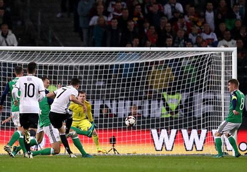 Draxler mở tỉ số cho tuyển Đức