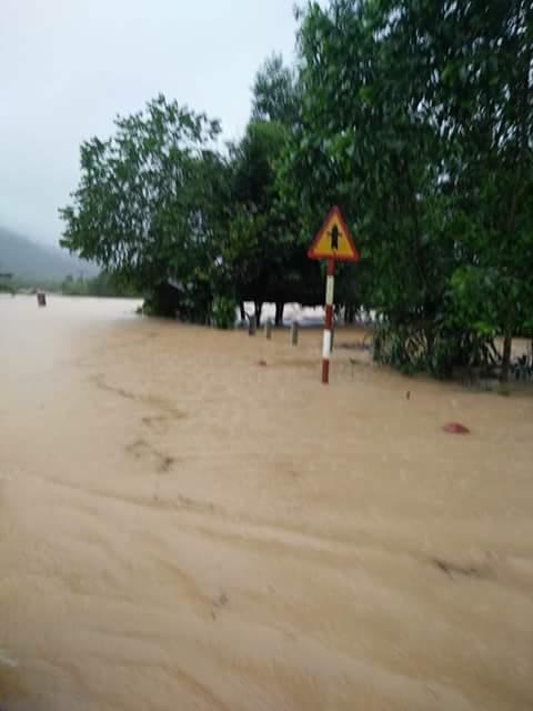 Về các xã ở huyện Tuyên Hóa bị chia cắt