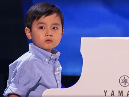 """""""Thần đồng piano"""" Evan Le (Ảnh do gia đình cung cấp)"""
