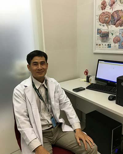 Bác sĩ nhi khoa Trương Hoàng Quý