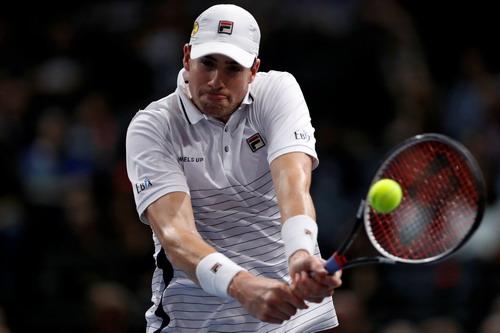 John Isner tranh ngôi vô địch với Andy Murray