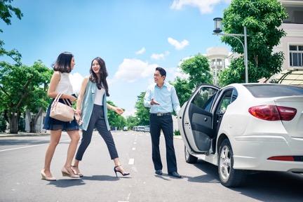 GrabCar điều chỉnh giảm 15% giá cước
