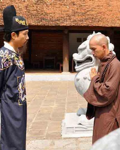 Minh Thuận tham gia nhiều phim. Trong ảnh, anh đã cạo đầu để vào vai sư phụ trong phim Thiên mệnh anh hùng