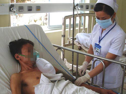 Điều trị cho bệnh nhân HIV/AIDS tại Bệnh viện Bệnh nhiệt đới TP HCM