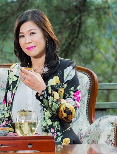 Nữ doanh nhân trà Hà Thúy Linh trước khi bị sát hại.