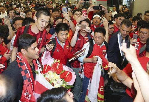 Hulk đang giữ kỷ lục về thu nhập ở giải nhà nghề Trung Quốc