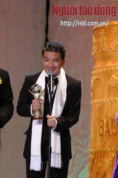 Ca sĩ Đàm Vĩnh Hưng nhiều năm nhận Giải Mai Vàng Ca sĩ nhạc nhẹ được yêu thích nhất. Ảnh: Ban tổ chức