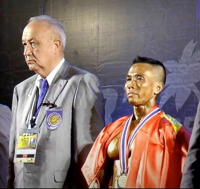 Vũ Anh Nhật Thụy Khanh Khương nhận HCV hạng 55 kg nam