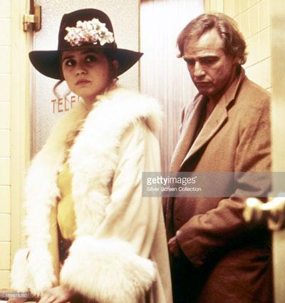 """Brando và Maria Schneider, hai diễn viên chính trong phim """"Last tango in Paris"""""""