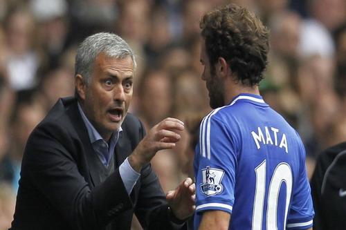 Mourinho gay gắt với Juan Mata khi còn ở Chelsea