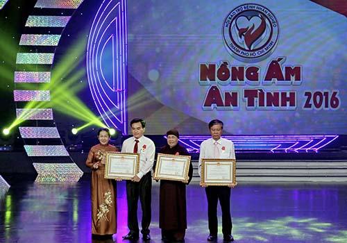 Các cá nhân được Chủ tịch nước tặng thưởng Huân chương Lao động hạng ba
